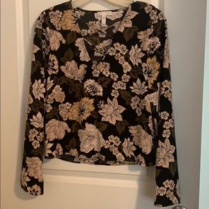 Leith bell sleeve blouse in floral